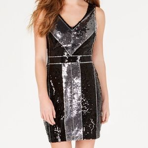 Dresses & Skirts - NWOT Shiny Sequin Black & Silver Dress